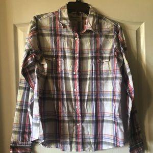 Women's Wrangler button up shirt. Size Large
